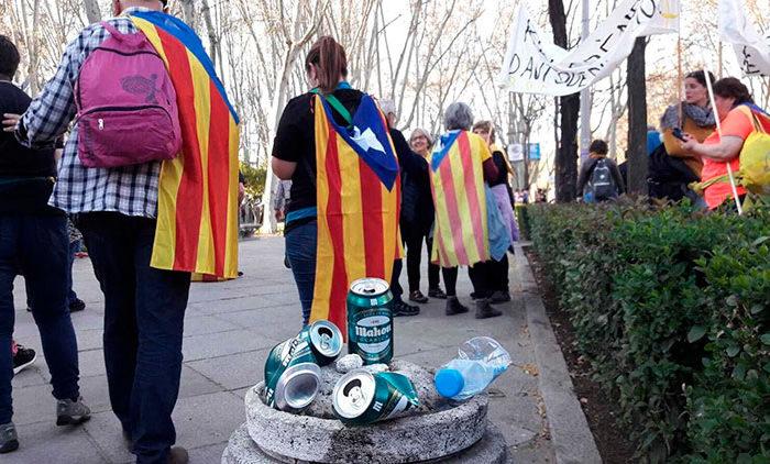 Excursionistas 'indepes' en Madrid